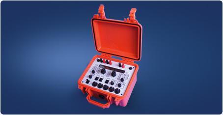 7050 Process and Thermocouple Calibrator